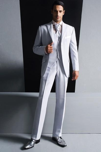Abito Matrimonio Uomo Moderno : Lo sposo a milano vestito total white abiti sposa