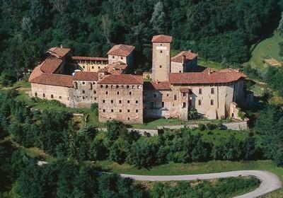 SPOSA MILANO castello di massazza.jpg