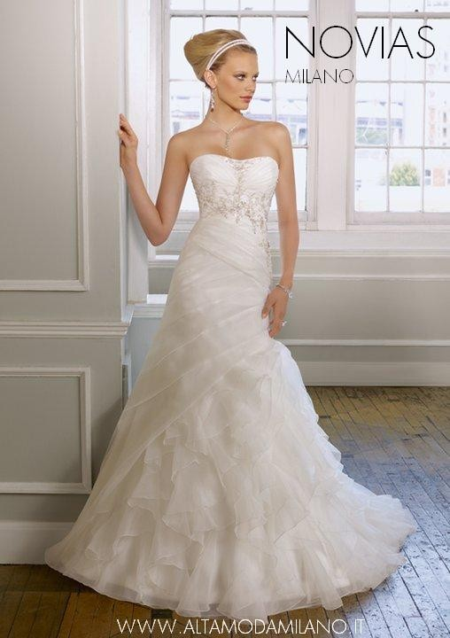 the best attitude c2aa9 b077e Abiti da sposa milano NOVIAS scegliere l'abito da sposa ...