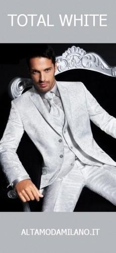 abito sposo bianco