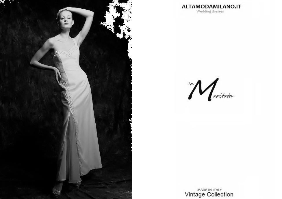 L abito da sposa monospalla stile minimal chic per le for Stile minimal vestiti